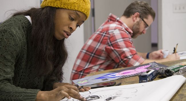 students in drawing class